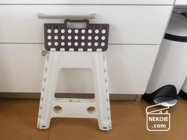 セノ・ビー*スキマ5cm収納の、シンプルしっかりな踏み台。