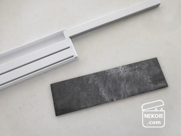 省スペースな布巾ハンガーが破損、捨てずに修理する。