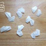 くすりの収納管理と、薬包紙の折り方。